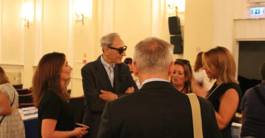Turchia: Franco Battiato espone opere musicali e quadri ad Istanbul