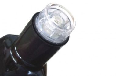 Olio, obbligatorio il tappo anti rabbocco