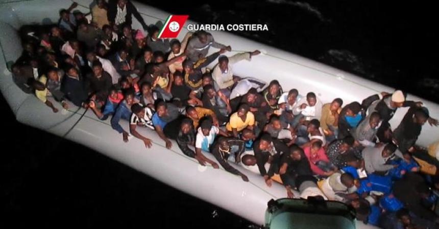Immigrazione: 864 sbarcati da nave San Giorgio a Pozzallo