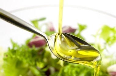 Tunisia: l'Ue amplia quote import di olio di oliva tunisino