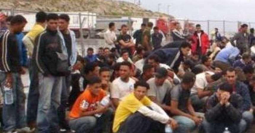 Immigrati: due neonati tra i 490 ad Augusta; altri 417 in salvo
