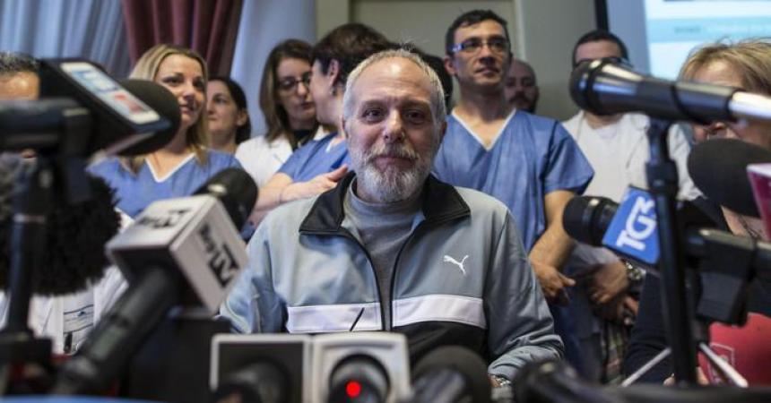 Il medico siciliano di Emergency è guarito, dimesso oggi. 'Tornerò in Africa'
