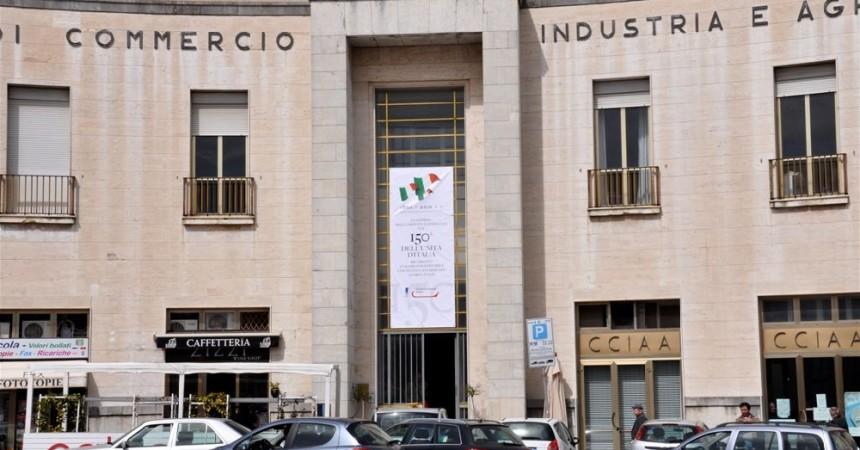 Gli  stipendi d'oro delle Camere di Commercio siciliane