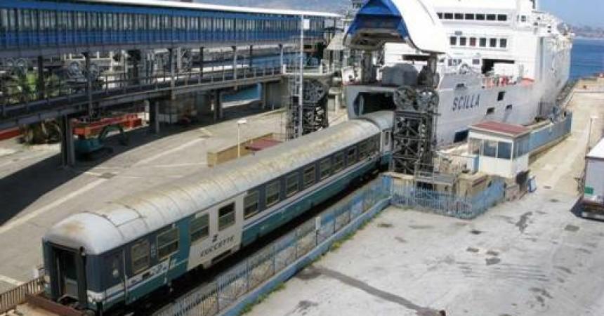 FS: sindacati, mobilitazione contro stop treni sullo Stretto