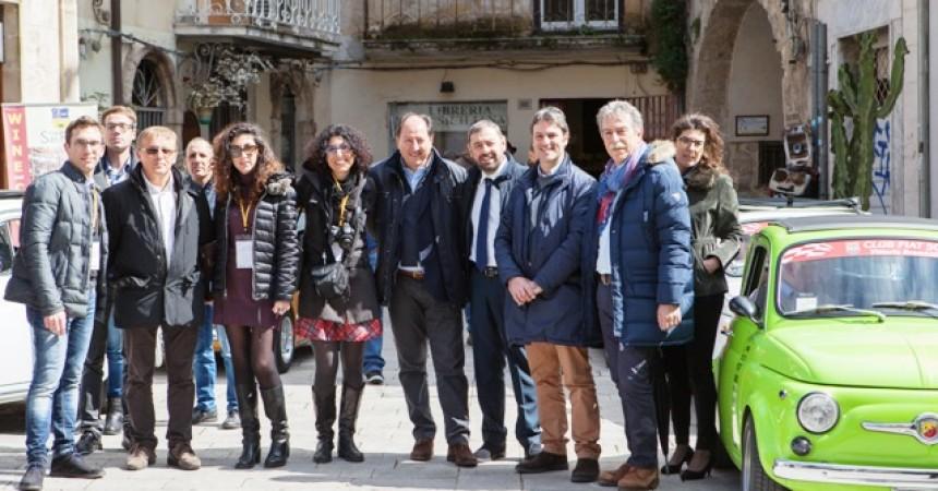 """Sicilia Nice To Meet You"",  operatori inglesi a Modica"
