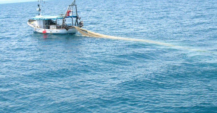 Libia, sequestrata barca siciliana. Pescherecchio preso con le armi