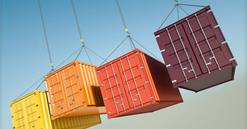 Commercio estero, a febbraio export in calo (-2,5%)