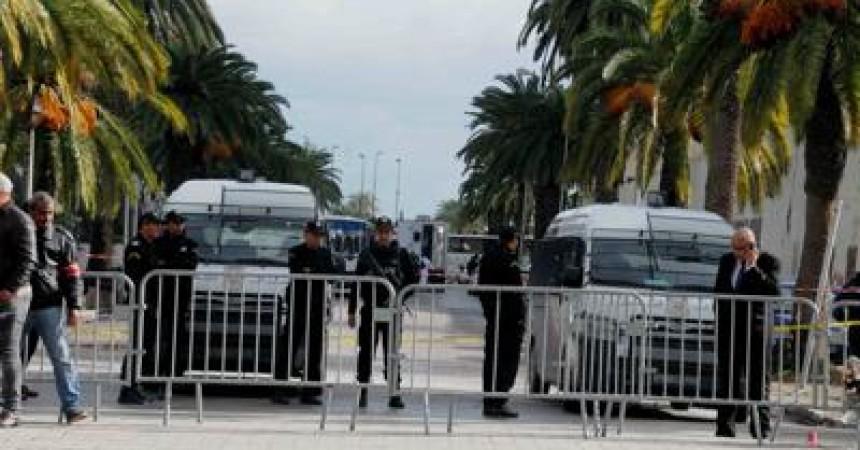 """Tunisia, ambasciatore italiano: """"Rischi per stranieri nelle zone di moti popolari"""""""
