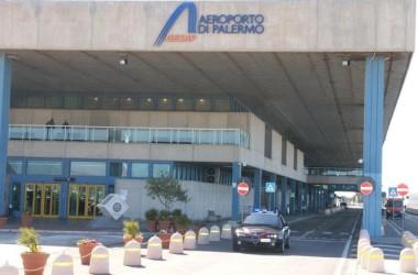 Bruxelles: innalzati controlli in aeroporto e porto Palermo