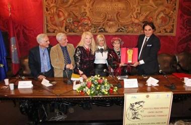 """Il premio """"Virdimura 2016"""" consegnato alla professoressa Miriam  Jaskierowcz Arman"""