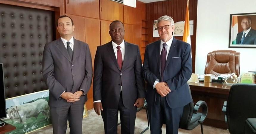 Un Distretto della Pesca e della Blue Economy in Costa D'Avorio. Firmato accordo di cooperazione ad Abdjan