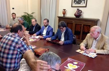 """Presentata la 22esima edizione del premio """"Ragusani nel Mondo"""" il 5 e 6 agosto in piazza Libertà a Ragusa."""