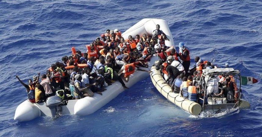 Migranti: 'viaggi di lusso' dalla Tunisia su gommoni veloci. Sfuggono a controlli, si temono anche sospetti jihadisti