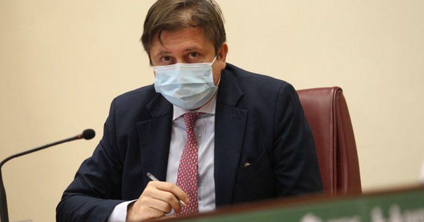 """Coronavirus, Sileri """"Scuole aperte dopo Pasqua, anche in zona rossa"""""""