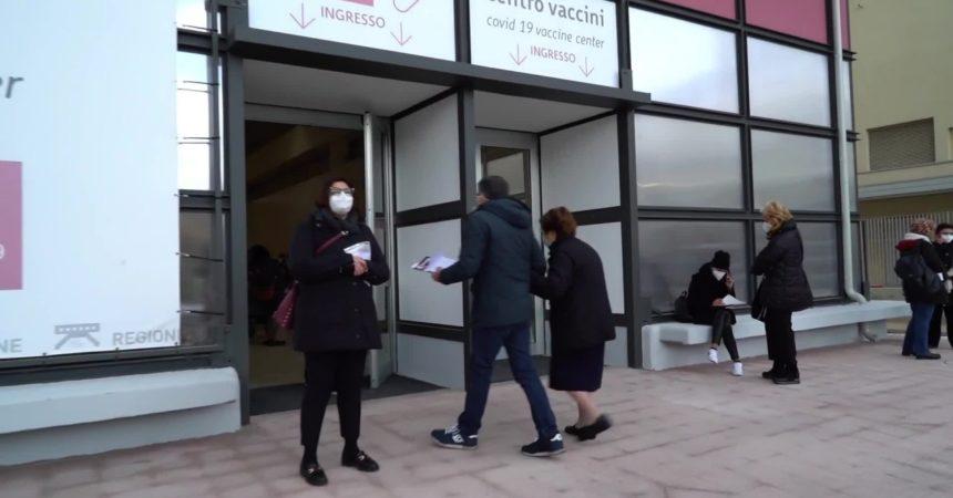 """Lopalco """"In Puglia vaccinazione di massa da fine aprile"""""""