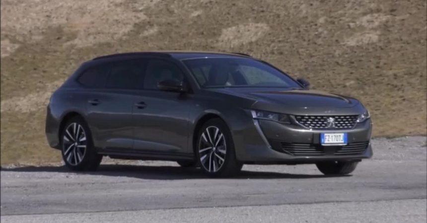 Peugeot 508 SW hybrid, tuffo nel futuro