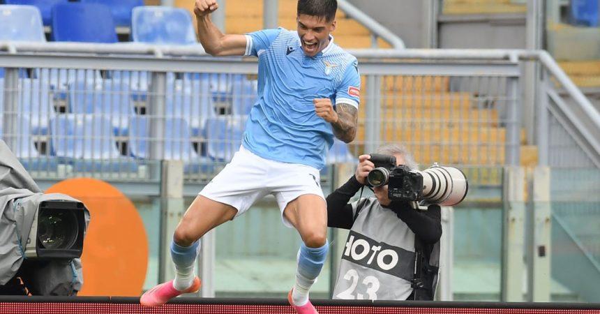 Lazio-Genoa 4-3, biancocelesti proseguono corsa Champions