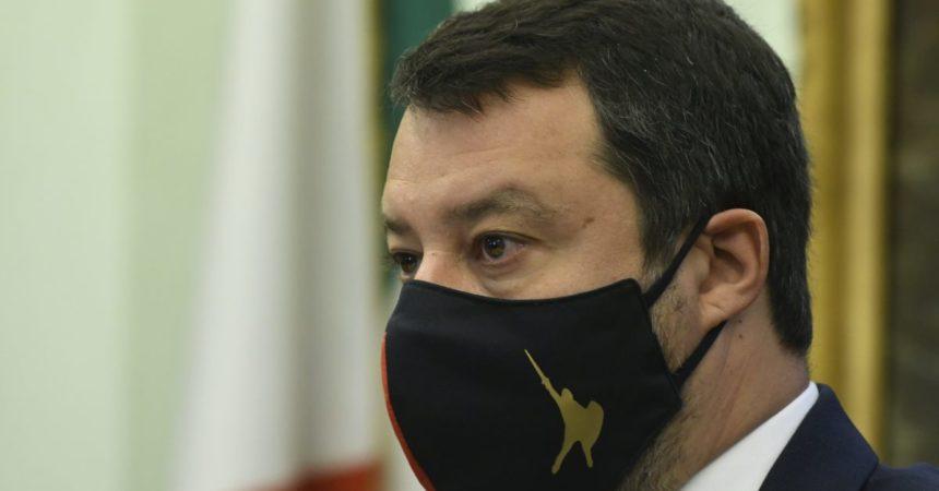 """Salvini """"di lotta e di governo"""" guadagna spazio sui media"""
