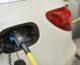 """Ricarica auto elettriche, studio Arera """"Prezzo medio wallbox 1200 euro"""""""