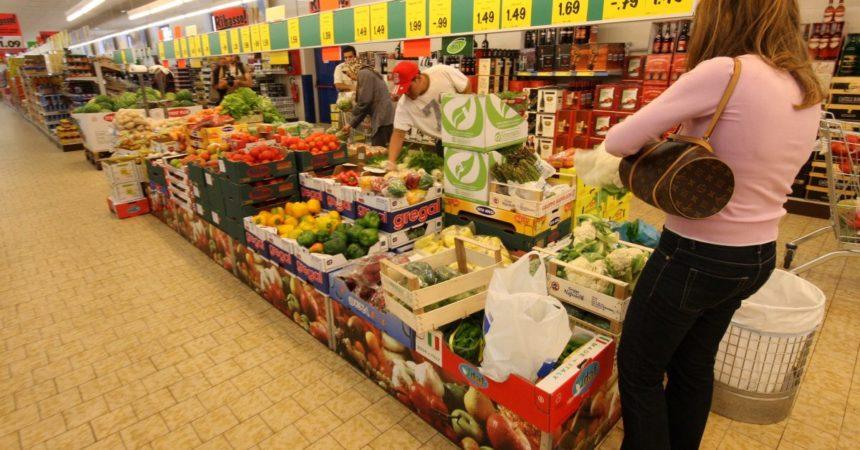 Accelera l'inflazione su base annua a maggio