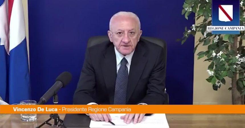 "Turismo, De Luca: ""Una settimana e settore sarà immune in Campania"""