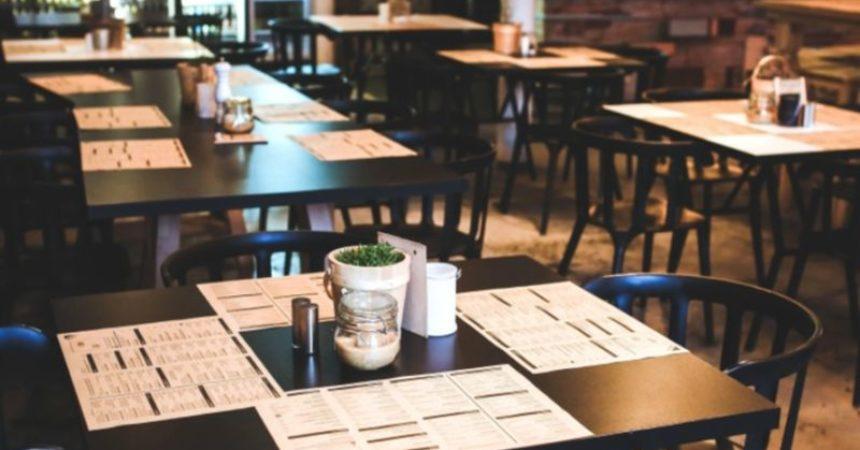 Ministero Salute, resta il limite di 4 persone a tavola al ristorante