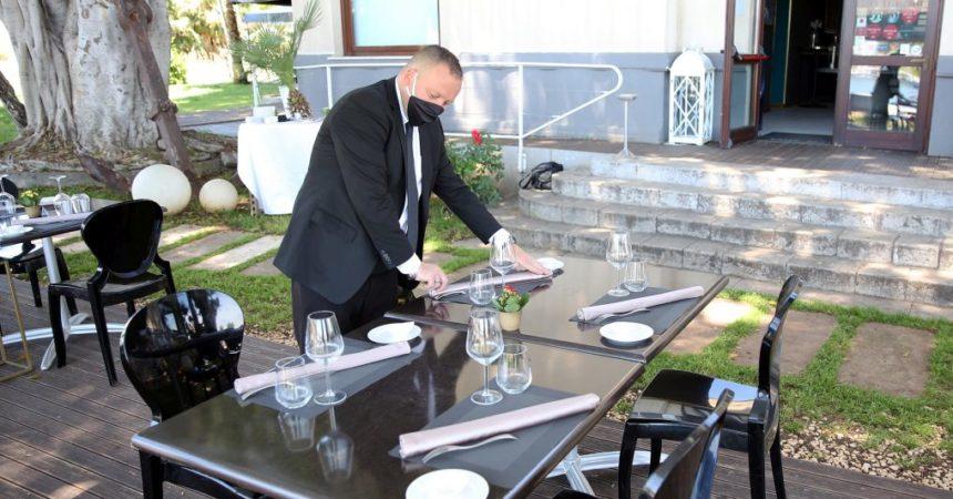 Accordo Governo-Regioni, salta il limite di posti per tavoli all'aperto