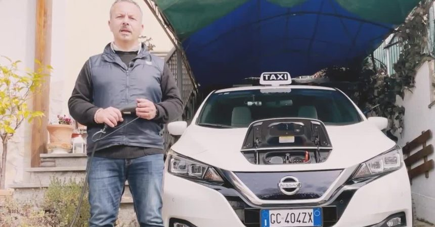 Chi guida veicoli elettrici percorre più chilometri di chi va a benzina e diesel