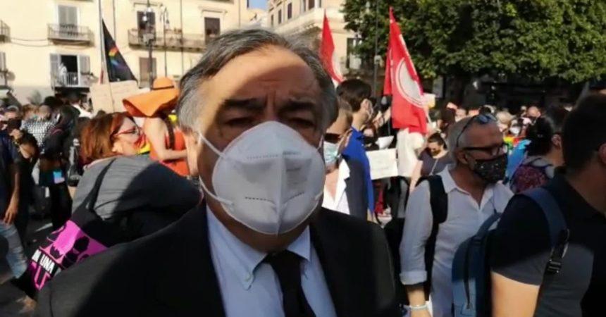 """Palermo, Orlando """"Aggressione omofoba offesa a città, approvare legge Zan"""""""