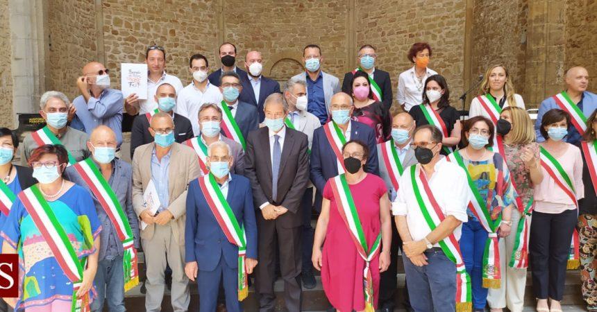 """Musumeci """"Regione investe, borghi siciliani da visitare e da abitare"""""""
