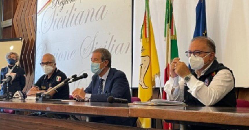 """Cenere Etna, Musumeci """"Fondo regionale per erogazione celere risorse"""""""