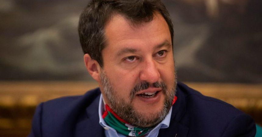 """Covid, Salvini """"Non roviniamo vita a milioni di italiani"""""""