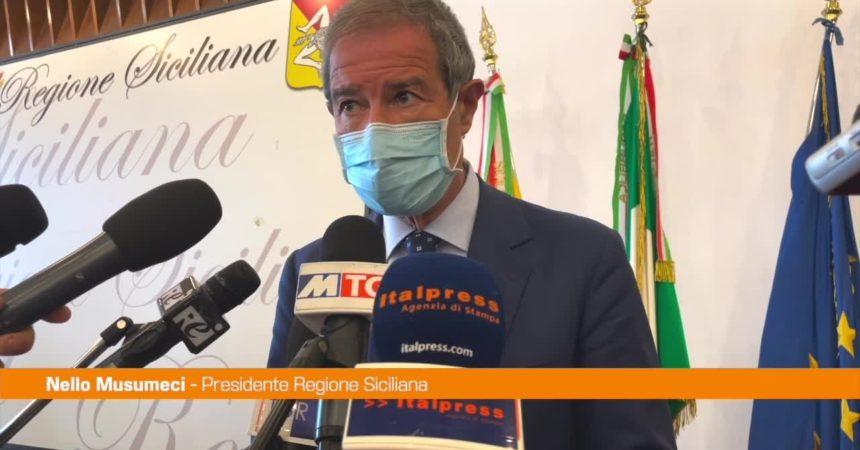 """Cenere dell'Etna, Musumeci: """"Stanziati primi 8 mln per le spese dei comuni"""""""