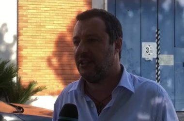 """Salvini """"Sostegno polizia penitenziaria, detenuti dovrebbero lavorare"""""""