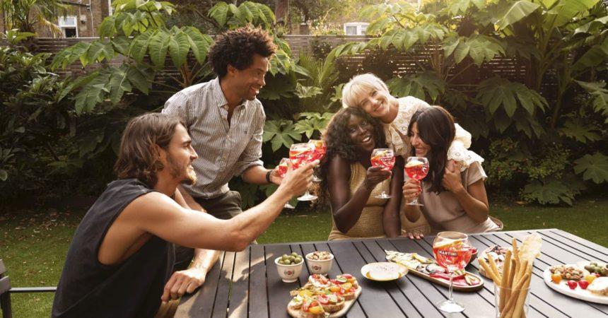 Martini lancia un contest digitale per celebrare l'amicizia