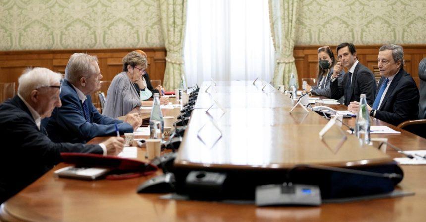 """Stragi, Draghi ai parenti delle vittime """"Impegno per verità e giustizia"""""""