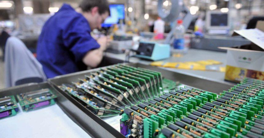 A luglio in aumento la produzione industriale