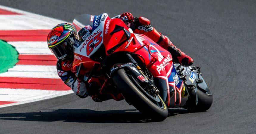 Primo successo di Bagnaia in MotoGP, batte Marquez ad Aragon