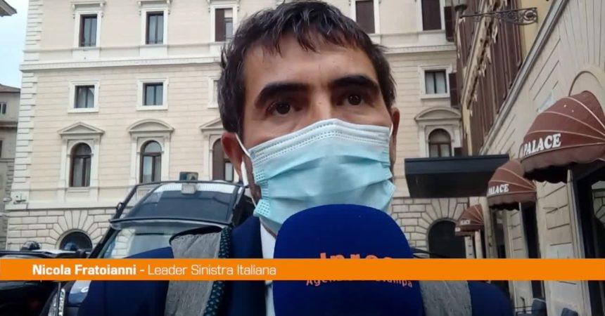 """Vaccino, Fratoianni: """"Governo si assuma la responsabilità dell'obbligo"""""""