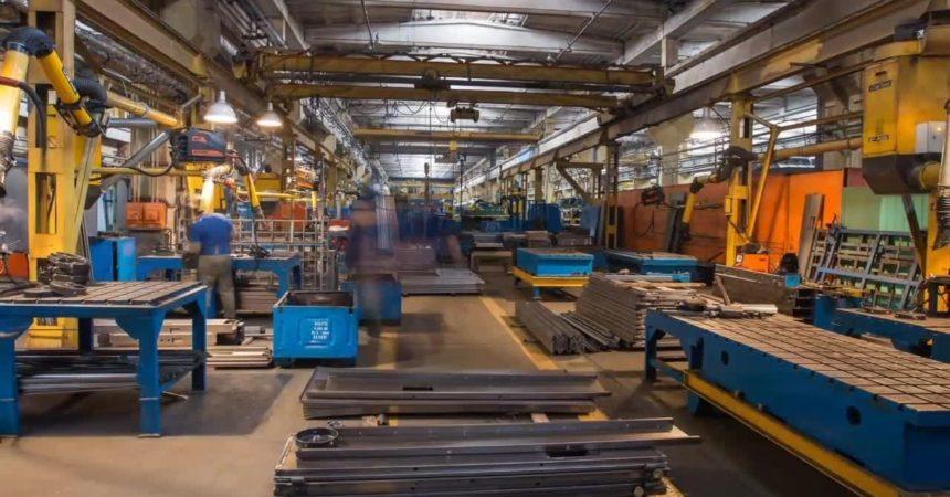 Produzione industriale in aumento a luglio