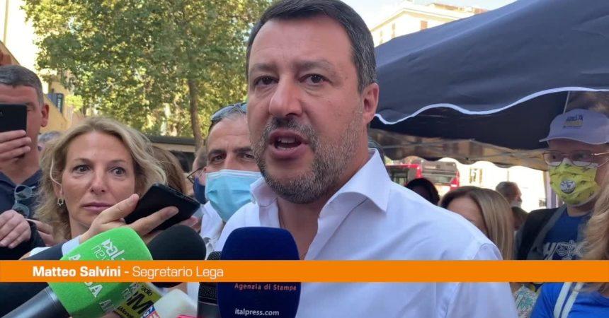 """Salvini: """"No all'obbligo vaccinale, diamo fiducia agli italiani"""""""