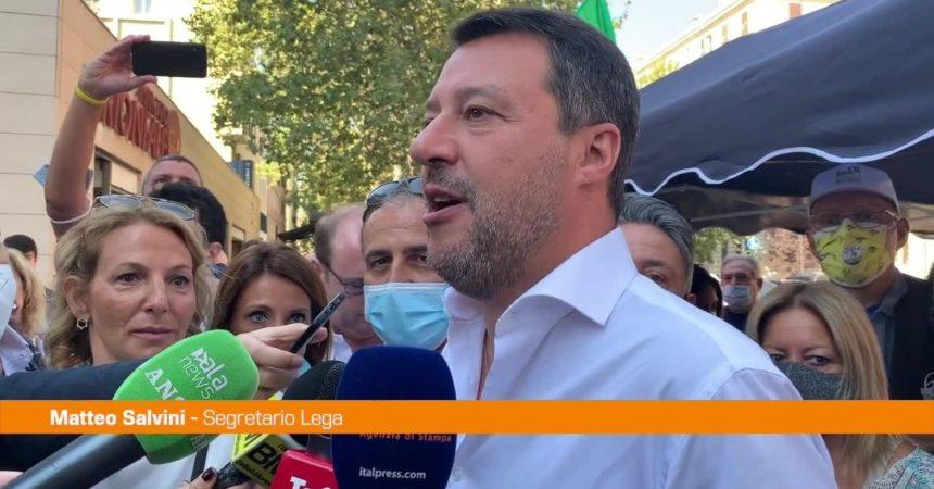 """Covid, Salvini: """"Fiducia al Governo ma non esagerare con i divieti"""""""