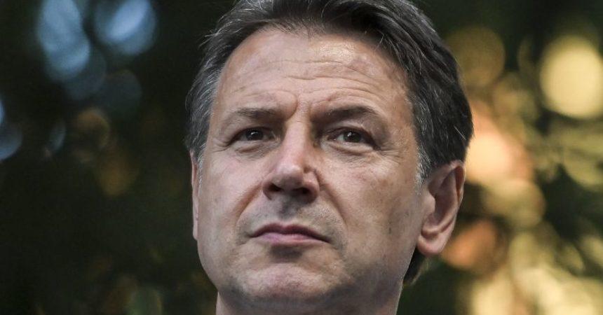 """Governo, Conte """"Draghi avrà da noi un sostegno solido e costruttivo"""""""