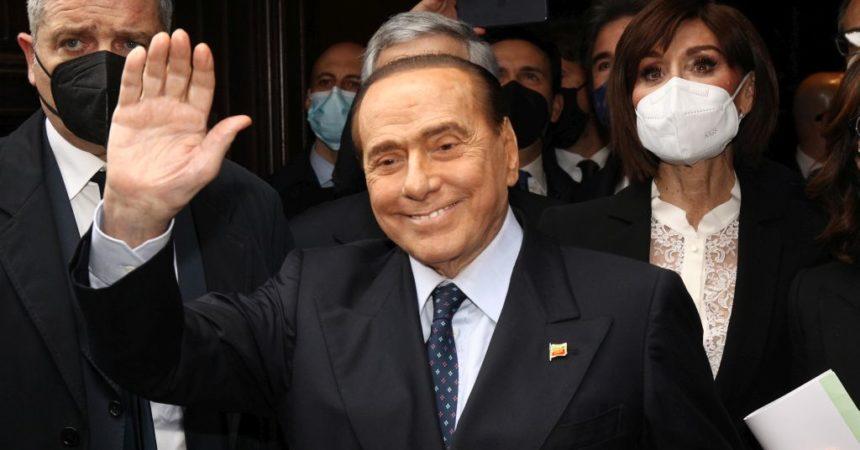 """Berlusconi """"Credo sia il momento giusto per tornare a Roma"""""""