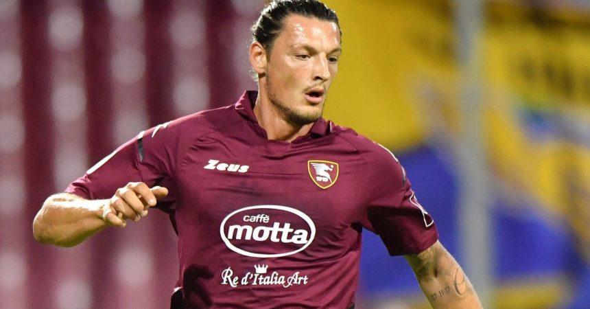 Prima vittoria per la Salernitana, Genoa ko 1-0