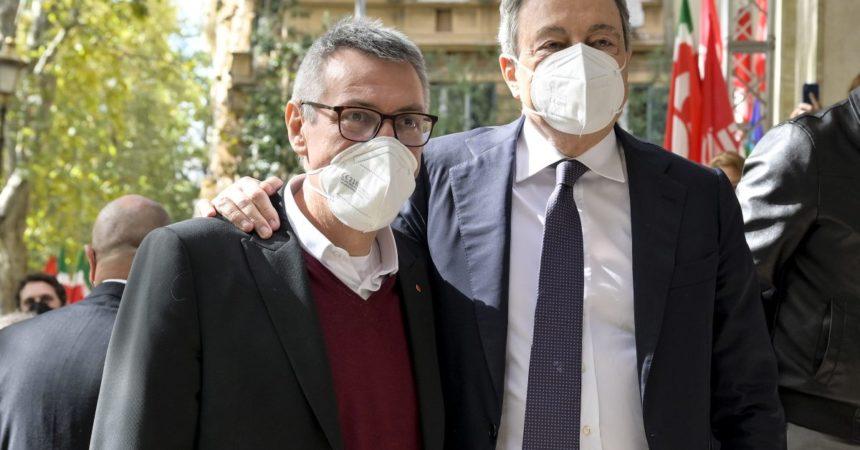 """Draghi in visita alla Cgil, Landini """"Segnale importante"""""""