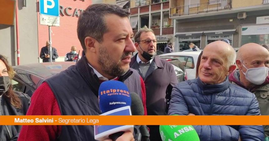 """Salvini: """"Mettere fuori gioco la violenza di ogni colore"""""""